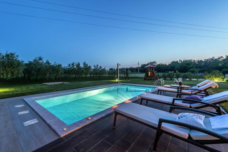 VakantiehuisKroatië - Istrië: Villa Danelon with Pool and Olive Grove View  [9]