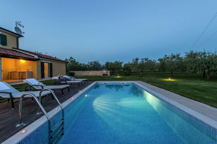 VakantiehuisKroatië - Istrië: Villa Danelon with Pool and Olive Grove View  [8]