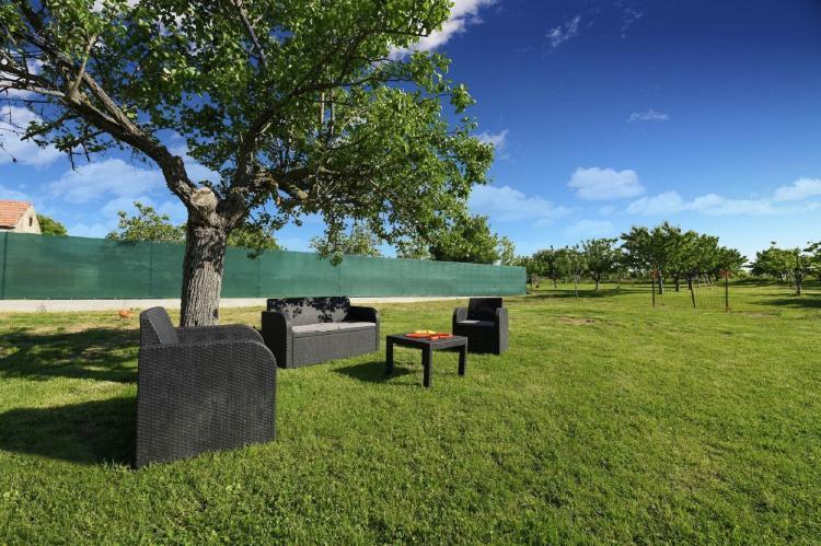 VakantiehuisKroatië - Kvarner: Beautiful Villa Petra with Summer Kitchen and Pool  [31]