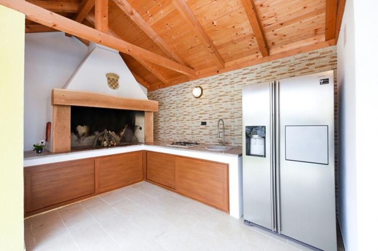 VakantiehuisKroatië - Kvarner: Beautiful Villa Petra with Summer Kitchen and Pool  [25]