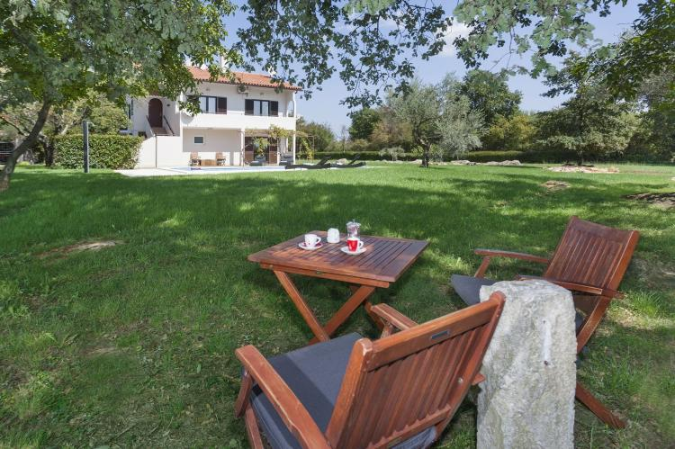 VakantiehuisKroatië - Istrië: Apartment Doris with Private Pool and large Garden  [31]