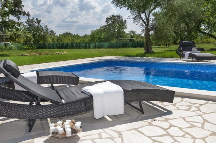 VakantiehuisKroatië - Istrië: Apartment Doris with Private Pool and large Garden  [11]