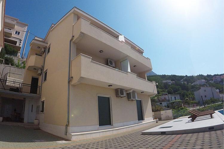 Holiday homeCroatia - Central Dalmatia: Shared pool apartment David- second floor  [8]