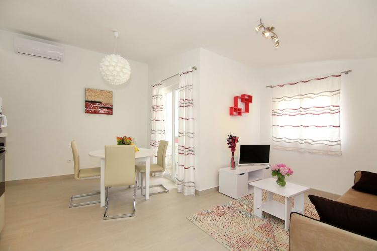 Holiday homeCroatia - Central Dalmatia: Comfy lux apartment  [7]