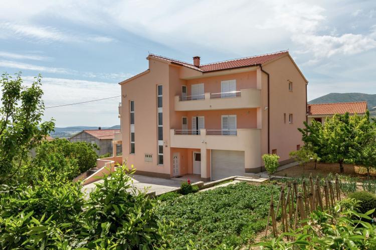 Holiday homeCroatia - Central Dalmatia: Comfy lux apartment  [2]