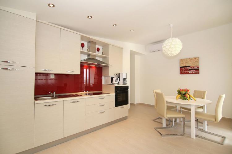 Holiday homeCroatia - Central Dalmatia: Comfy lux apartment  [4]