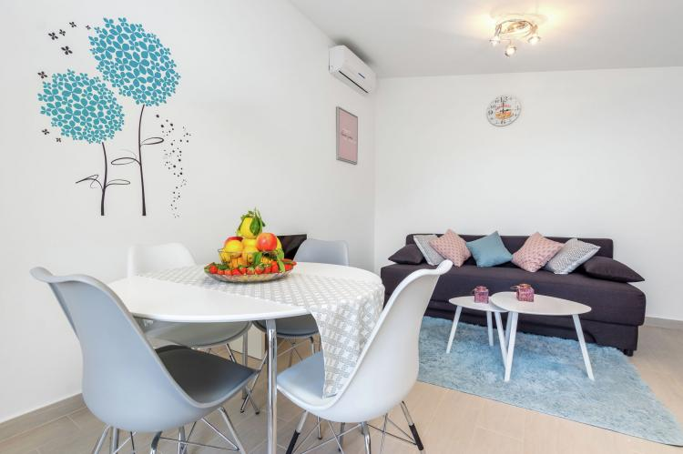 Holiday homeCroatia - Central Dalmatia: Sunrise apartment  [14]