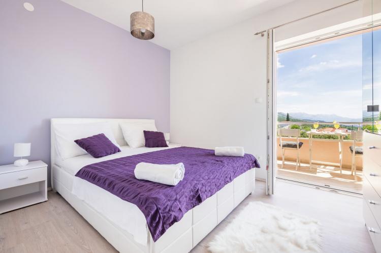 Holiday homeCroatia - Central Dalmatia: Sunrise apartment  [3]