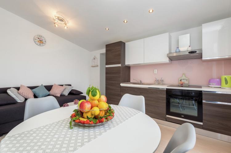 Holiday homeCroatia - Central Dalmatia: Sunrise apartment  [16]