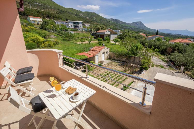 Holiday homeCroatia - Central Dalmatia: Sunrise apartment  [1]