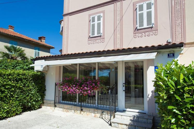 VakantiehuisKroatië - Kvarner: Apartment Morozin Ivana  [1]