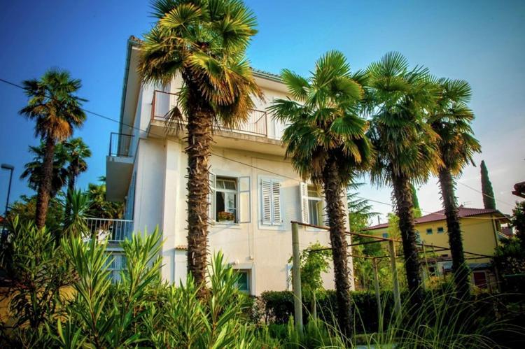 Holiday homeCroatia - Kvarner: Apartment Antonija  [1]