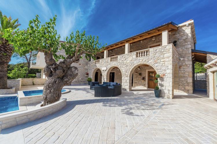 VakantiehuisKroatië - Noord Dalmatië: Villa Dumina  [2]