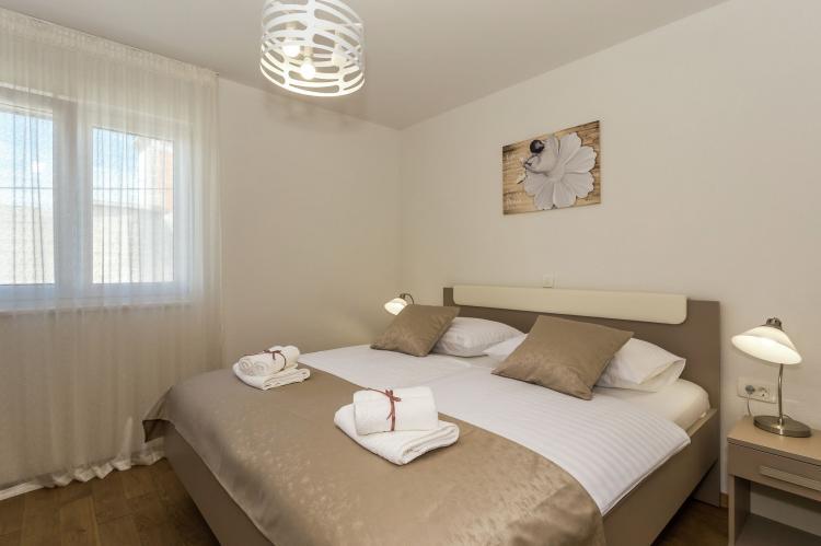 VakantiehuisKroatië - Midden Dalmatië: Villa Rusula first floor apartment A3  [16]