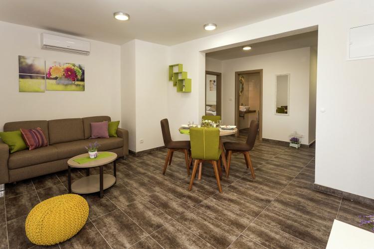 VakantiehuisKroatië - Midden Dalmatië: Villa Rusula first floor apartment A3  [8]