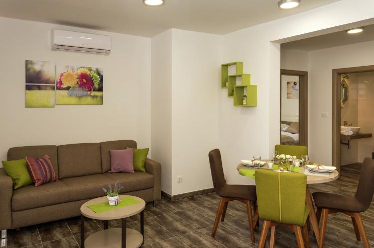 VakantiehuisKroatië - Midden Dalmatië: Villa Rusula first floor apartment A3  [9]
