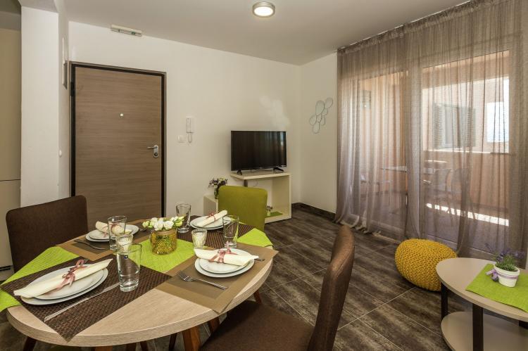 VakantiehuisKroatië - Midden Dalmatië: Villa Rusula first floor apartment A3  [2]