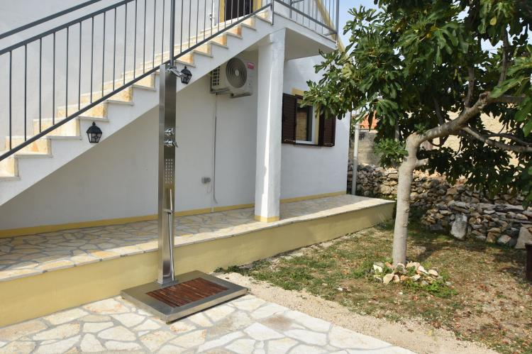 Holiday homeCroatia - Central Dalmatia: Ladevci  [28]