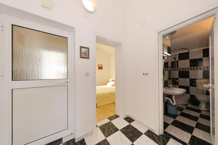 Holiday homeCroatia - Northern Dalmatia: Apartment  Dajana  [7]