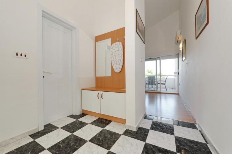 Holiday homeCroatia - Northern Dalmatia: Apartment  Dajana  [16]