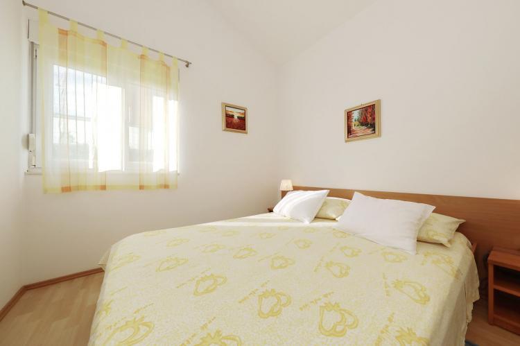 Holiday homeCroatia - Northern Dalmatia: Apartment  Dajana  [19]