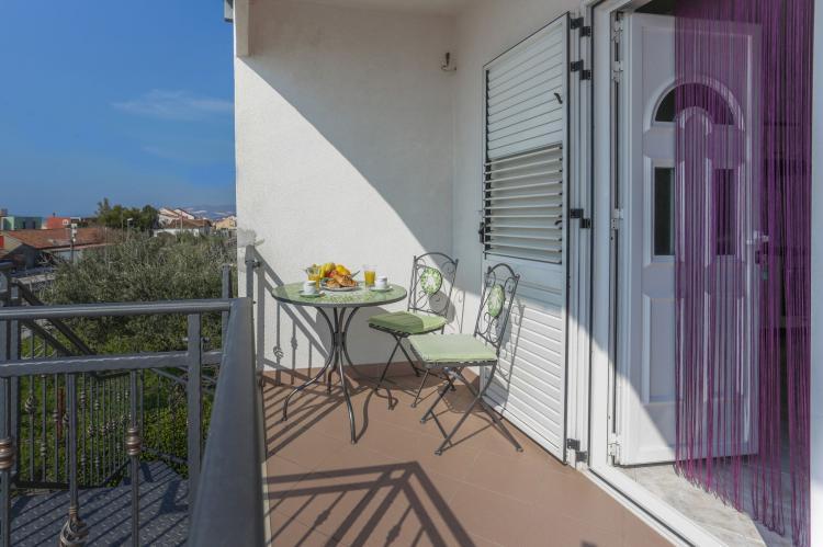 Holiday homeCroatia - Central Dalmatia: Apartment Carmen  [21]