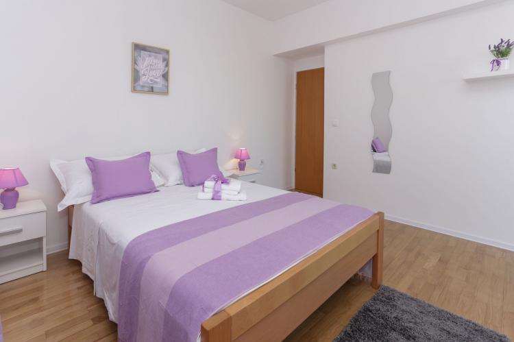 Holiday homeCroatia - Central Dalmatia: Apartment Carmen  [16]