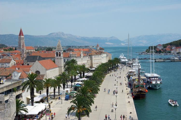Holiday homeCroatia - Central Dalmatia: Apartment Carmen  [24]