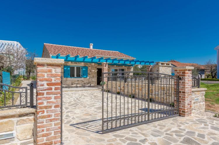 Holiday homeCroatia - Northern Dalmatia: Villa Sukosan  [9]