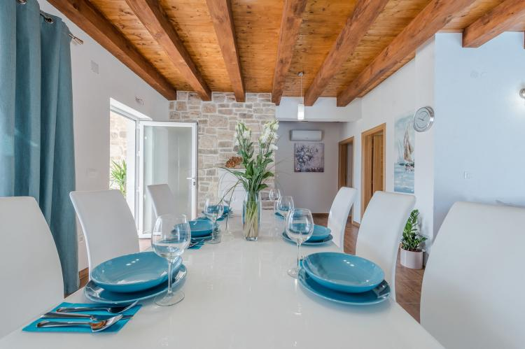 Holiday homeCroatia - Northern Dalmatia: Villa Sukosan  [16]