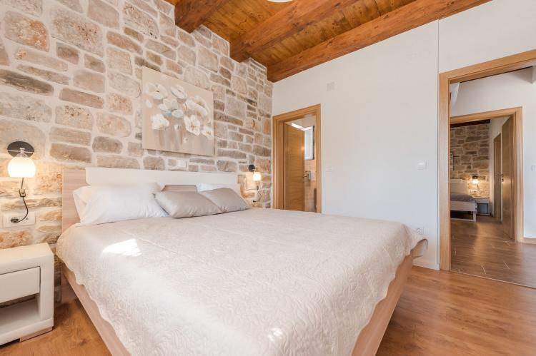 Holiday homeCroatia - Northern Dalmatia: Villa Sukosan  [20]