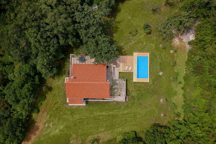 VakantiehuisKroatië - Kvarner: Unique Villa Majavec with Large Garden and Pool  [27]