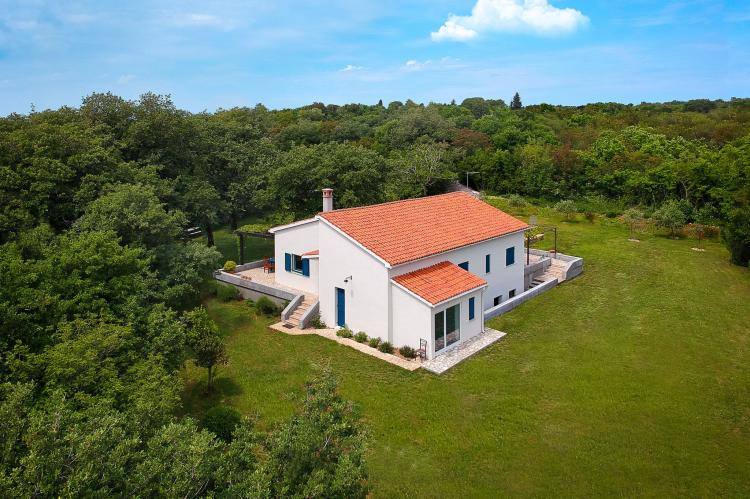 VakantiehuisKroatië - Kvarner: Unique Villa Majavec with Large Garden and Pool  [32]