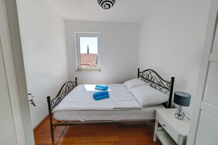 Holiday homeCroatia - Central Dalmatia: Apartment Čigrađa  [14]