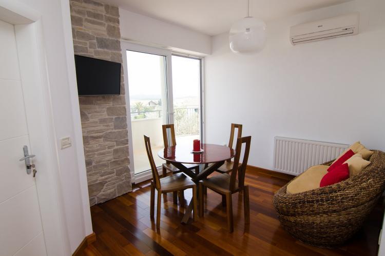 Holiday homeCroatia - Central Dalmatia: Apartment Čigrađa  [11]