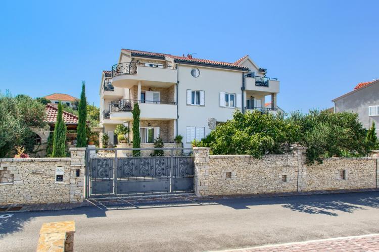 Holiday homeCroatia - Central Dalmatia: Apartment Čigrađa  [7]