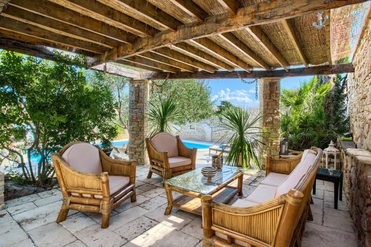 Holiday homeCroatia - Central Dalmatia: Apartment Čigrađa  [1]