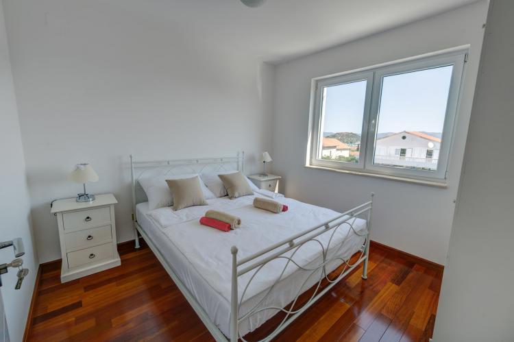Holiday homeCroatia - Central Dalmatia: Apartment Čigrađa  [5]