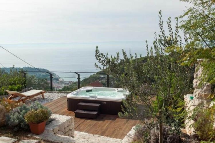 Holiday homeCroatia - Central Dalmatia: Villa Makar  [16]