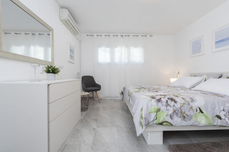 Holiday homeCroatia - Northern Dalmatia: Villa Maslenica  [22]