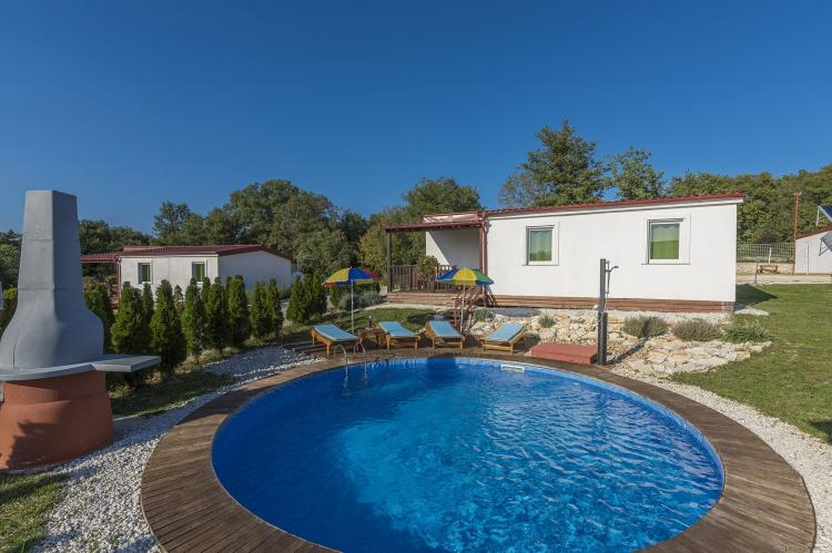 Holiday house with private pool No.3 in holiday pa