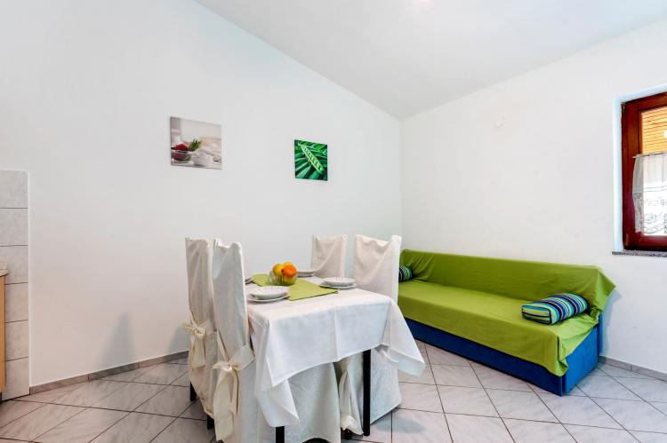 Holiday homeCroatia - Northern Dalmatia: Lovely green apartment Katarina  [4]