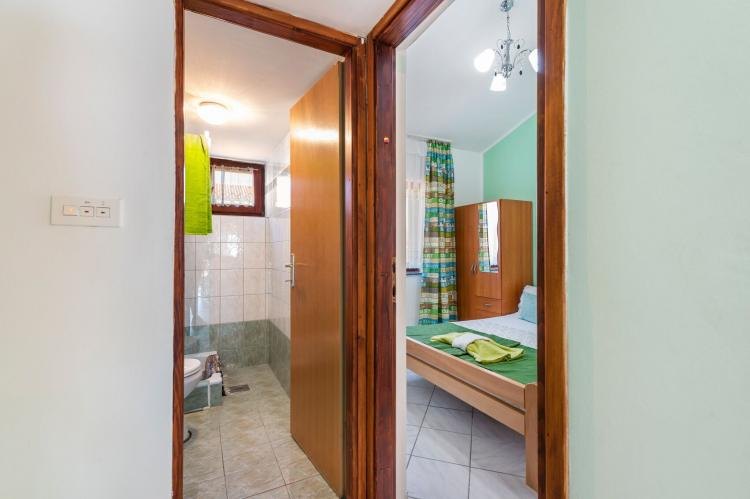 Holiday homeCroatia - Northern Dalmatia: Lovely green apartment Katarina  [10]
