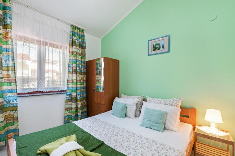 Holiday homeCroatia - Northern Dalmatia: Lovely green apartment Katarina  [12]