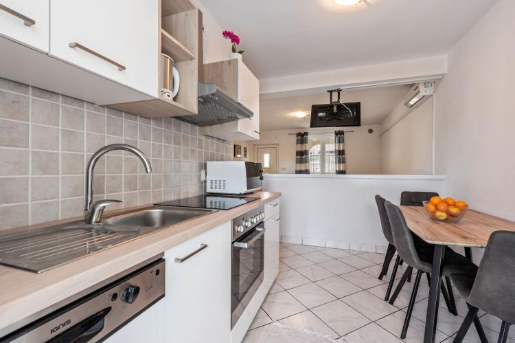 Holiday homeCroatia - Northern Dalmatia: Apartment Stueckler 1  [6]