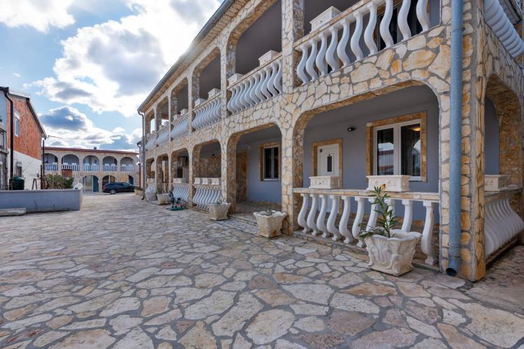 Holiday homeCroatia - Northern Dalmatia: Apartment Stueckler 1  [3]