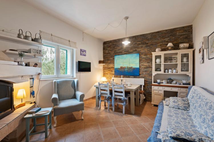Holiday homeCroatia - Northern Dalmatia: Stone house Vrana lake  [1]