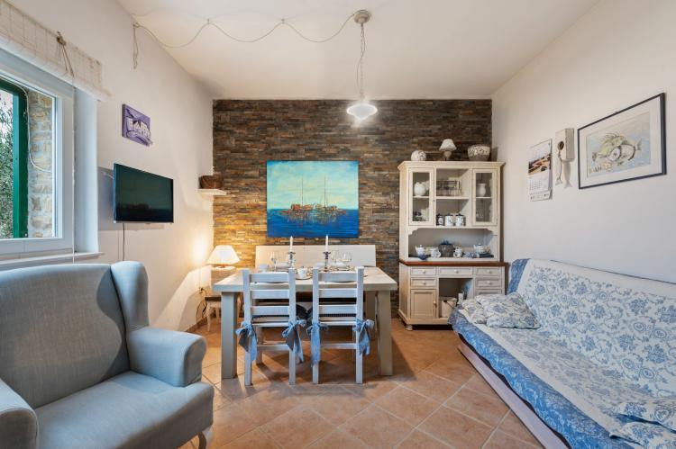 Holiday homeCroatia - Northern Dalmatia: Stone house Vrana lake  [7]