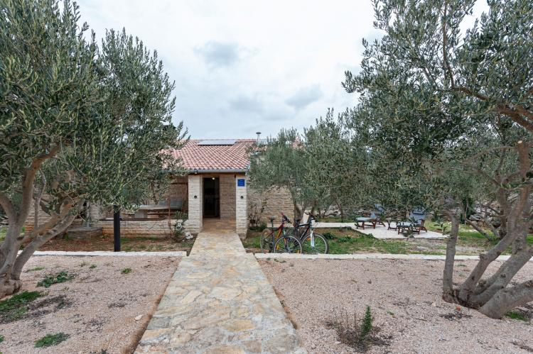 Holiday homeCroatia - Northern Dalmatia: Stone house Vrana lake  [6]