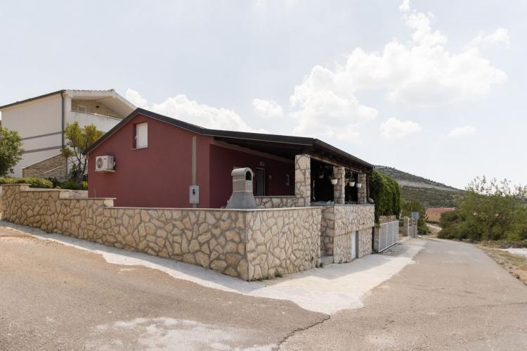 Holiday homeCroatia - Northern Dalmatia: Holiday home Rovanjska  [2]